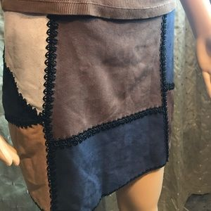 Romeo + Juliet Multi colored suede skirt